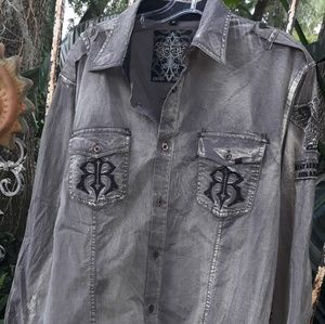 Roar the Buckle men's long sleeve shirt large